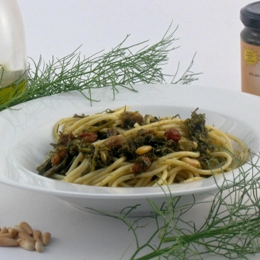 Palermo's sauce with sardinians and saffron