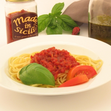 Fresh cherry tomatoes sauce